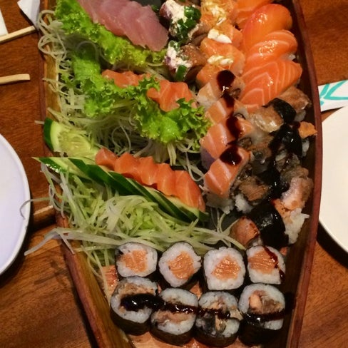 รูปภาพถ่ายที่ Saikou Sushi โดย Anselmo M. เมื่อ 3/14/2014
