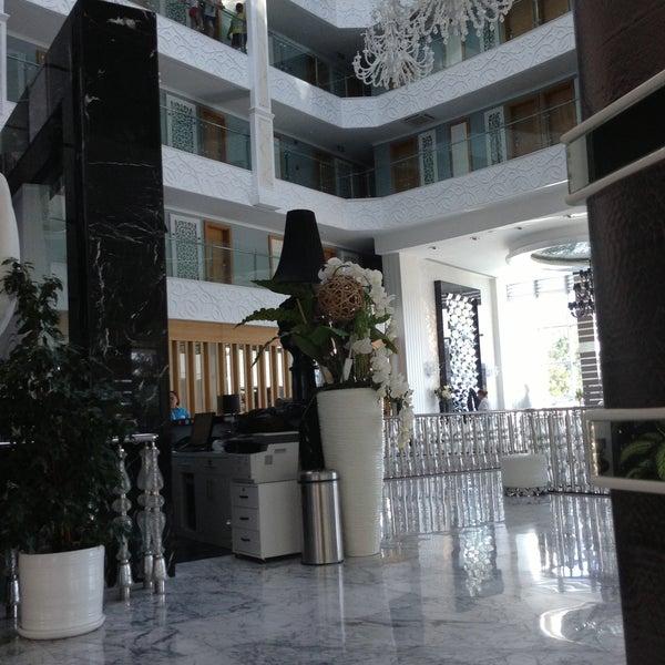 5/3/2013에 Yana 💓🐾🐶 U.님이 Q Premium Resort Hotel Alanya에서 찍은 사진