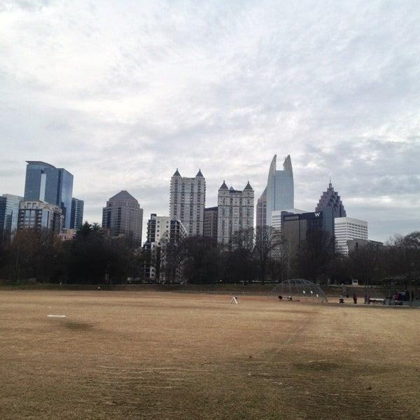 รูปภาพถ่ายที่ Piedmont Park โดย JP S. เมื่อ 1/5/2013