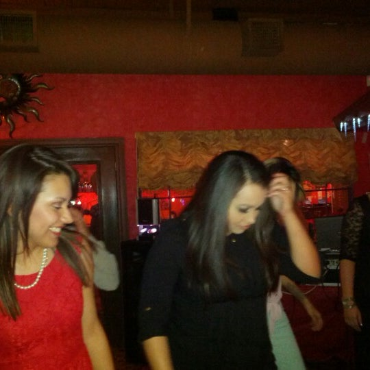 Photo taken at Mamacitas Mexican Restaurant by Martha B. on 12/10/2012