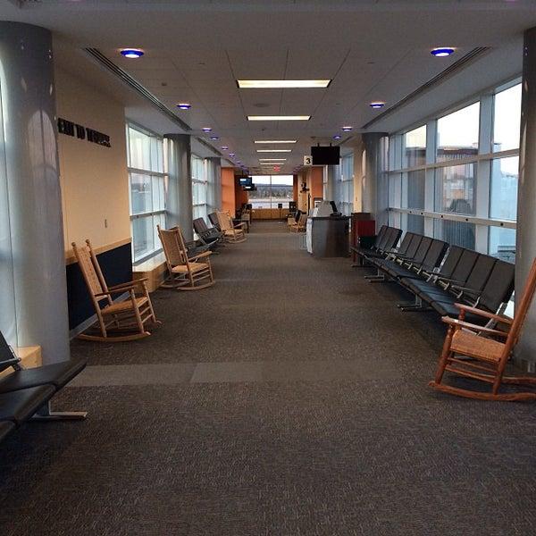 Foto tomada en Burlington International Airport (BTV) por Scanner el 10/8/2013