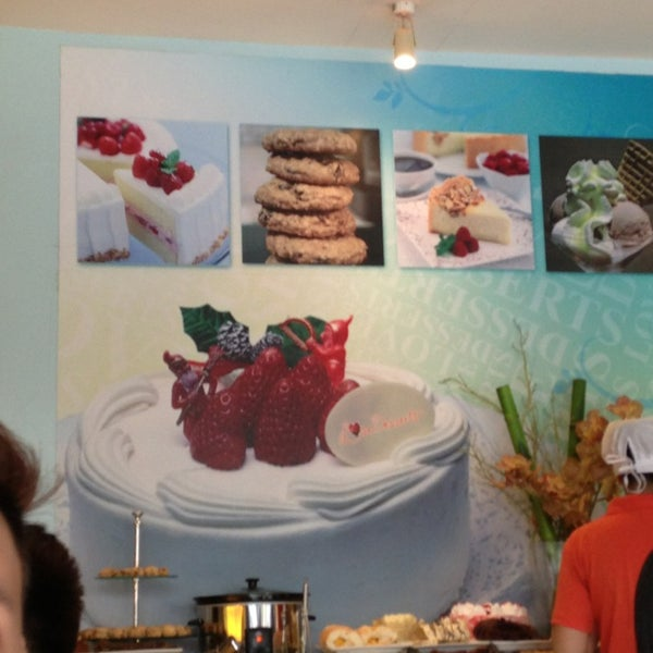 5/26/2013 tarihinde Herza may H.ziyaretçi tarafından Love Desserts'de çekilen fotoğraf