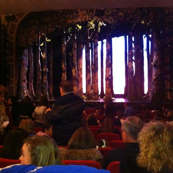 2/20/2013にEd J D.がBroadway Theatreで撮った写真