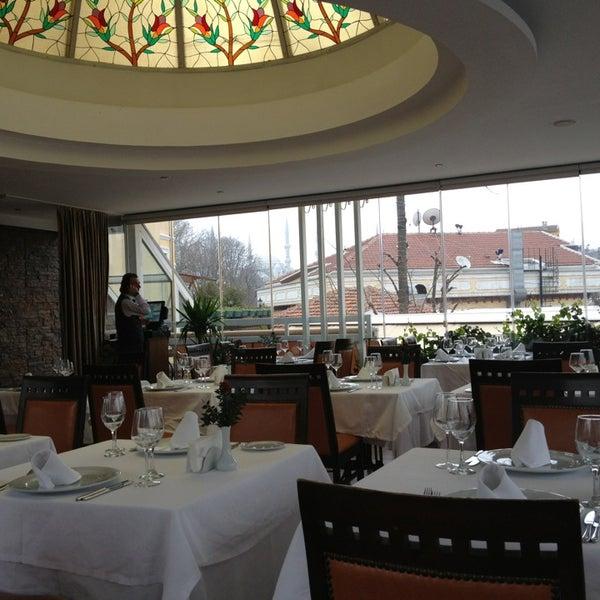 1/3/2013 tarihinde Sérgio G.ziyaretçi tarafından Matbah Restaurant'de çekilen fotoğraf
