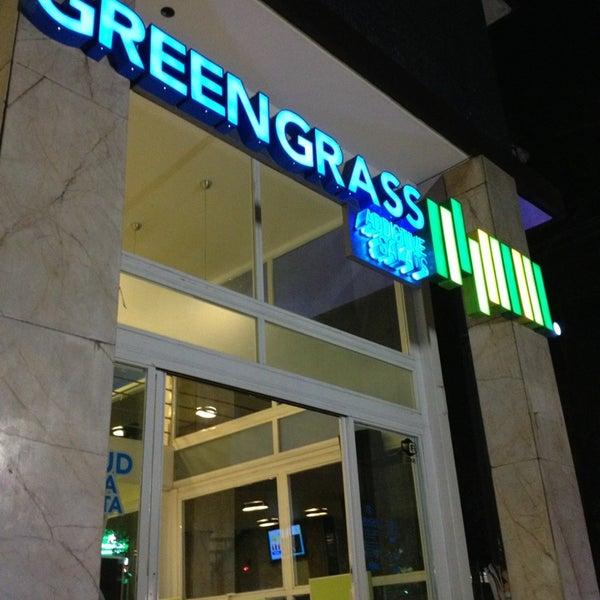 Foto tomada en Green Grass por Yera el 3/23/2013