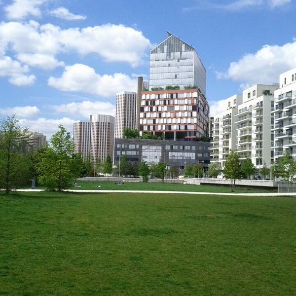 parc de billancourt park in boulogne billancourt. Black Bedroom Furniture Sets. Home Design Ideas