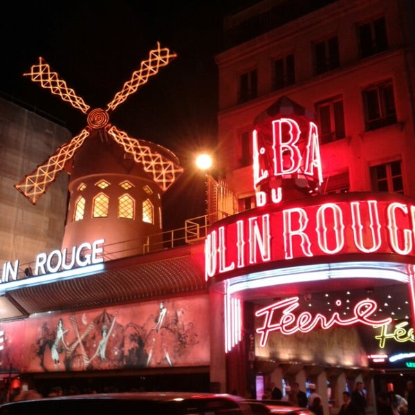 Photo taken at Moulin Rouge by Sarah H. on 9/21/2013