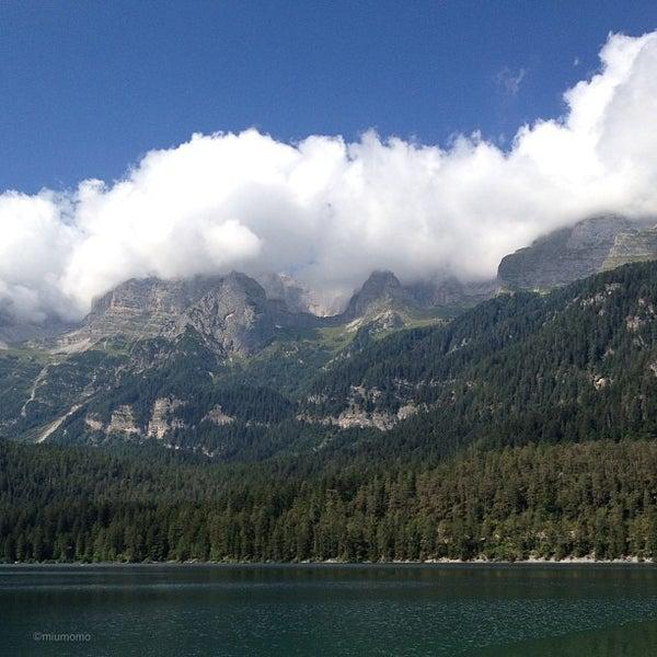 Foto scattata a Mountain Lake Chalet Tovel da Miu *. il 8/20/2013