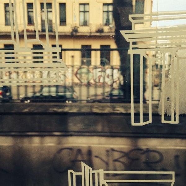 Das Foto wurde bei Frannz Club von Valentin N. am 3/23/2014 aufgenommen