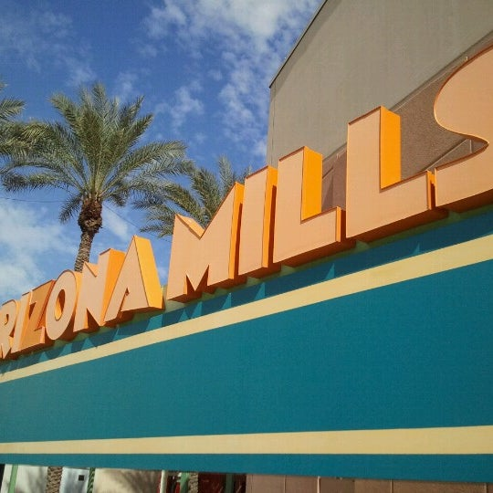Photo taken at Arizona Mills by Henry J. on 10/21/2012