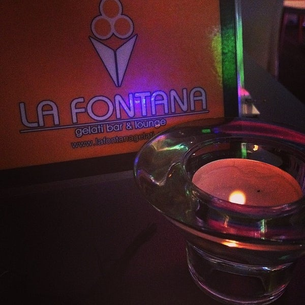 Photo taken at La Fontana Gelati Bar Lounge by Emilie L. on 5/24/2014