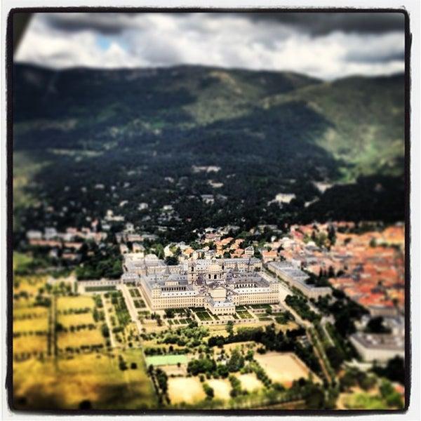 Photo taken at Monasterio de San Lorenzo de El Escorial by Alberto C. on 6/10/2013