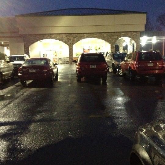 Das Foto wurde bei Riccardo's Market von Beth R. am 12/10/2012 aufgenommen