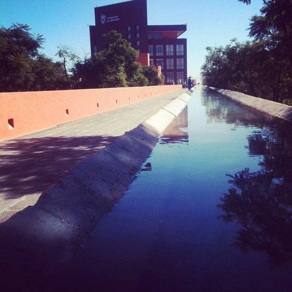 Foto tomada en Tecnológico de Monterrey por Samantra A. el 10/26/2012