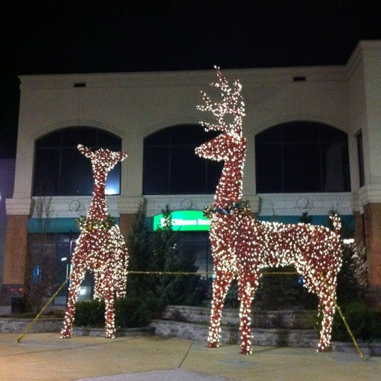 Photo taken at King of Prussia Mall by Laura on 12/22/2012