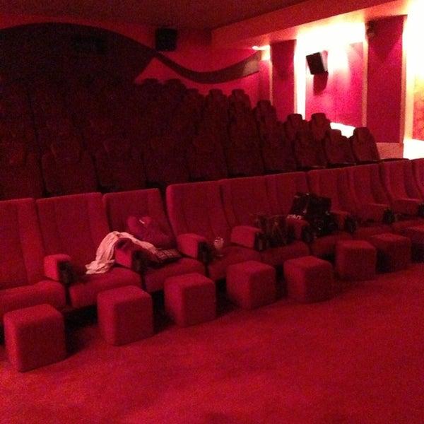2/28/2013 tarihinde Pınar A.ziyaretçi tarafından Spectrum Cineplex'de çekilen fotoğraf