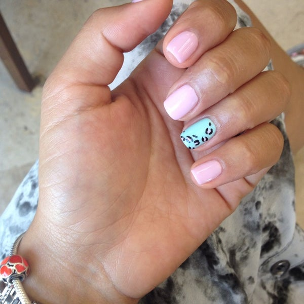 Photos at Elite Nails & spa - Nail Salon in Pembroke Commons