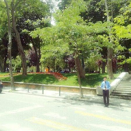 7/18/2013にFurkan A.がTaksim Gezi Parkıで撮った写真