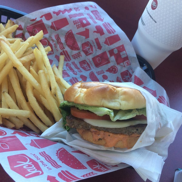 Jack in the box fast food restaurant in covina for Jack in the box fish sandwich