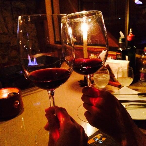 Foto tirada no(a) Restaurante Mont Vert por Jussara V. em 1/13/2015