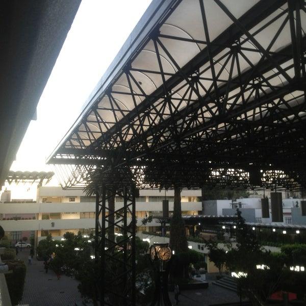 2/15/2013 tarihinde Mirandiux G.ziyaretçi tarafından Universidad La Salle'de çekilen fotoğraf