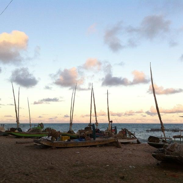 Foto tirada no(a) Praia da Garça Torta por M V. em 4/15/2013