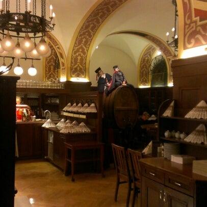 Das Foto wurde bei Auerbachs Keller von Alex C. am 10/15/2012 aufgenommen