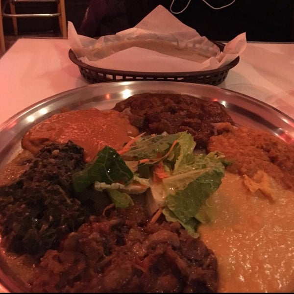 Photo taken at New Eritrea Restaurant & Bar by glyka on 2/19/2016