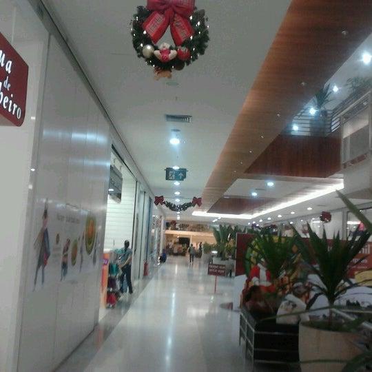 Foto tirada no(a) Partage Shopping São Gonçalo por Cassio S. em 12/4/2012