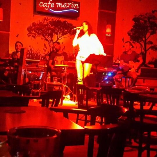 9/11/2013 tarihinde Fikret K.ziyaretçi tarafından Cafe Marin'de çekilen fotoğraf