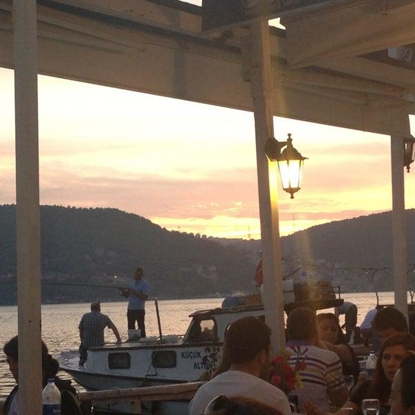 5/19/2013 tarihinde Mehmet Ali G.ziyaretçi tarafından Çapari Restaurant'de çekilen fotoğraf