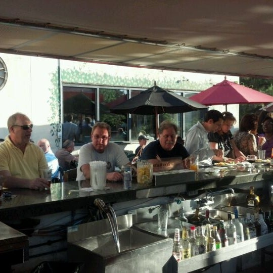 Photo taken at Black Forest Brew Haus by Robert P. on 5/31/2012