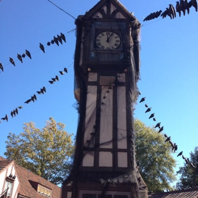Photo taken at Busch Gardens Williamsburg by Karen J. on 10/21/2012