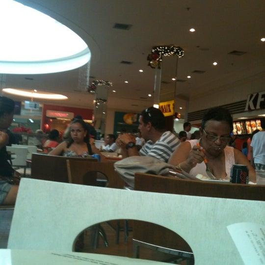 Foto tirada no(a) Boulevard Shopping Campos por Leonardo S. em 12/17/2012