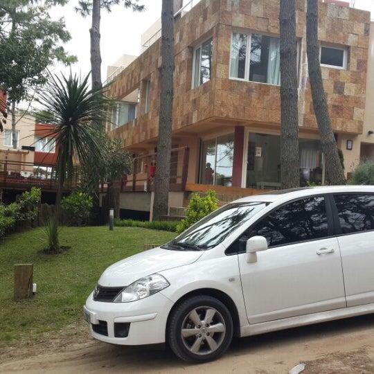 Foto tomada en Jaina Resort & Spa por Nicolas V. el 9/20/2014
