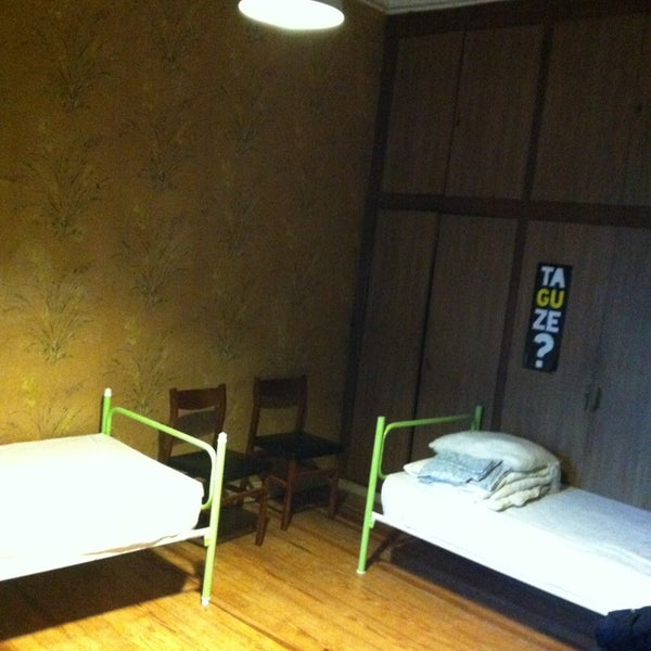 Foto tomada en Urban House Hostels por Eiichi K. el 1/19/2013