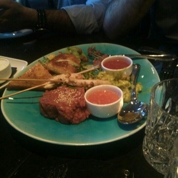 Das Foto wurde bei HEART Restaurant & Bar von Serkan S. am 6/23/2016 aufgenommen