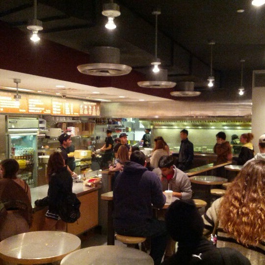 Photo taken at Chipotle Mexican Grill by Ben T. on 10/31/2012
