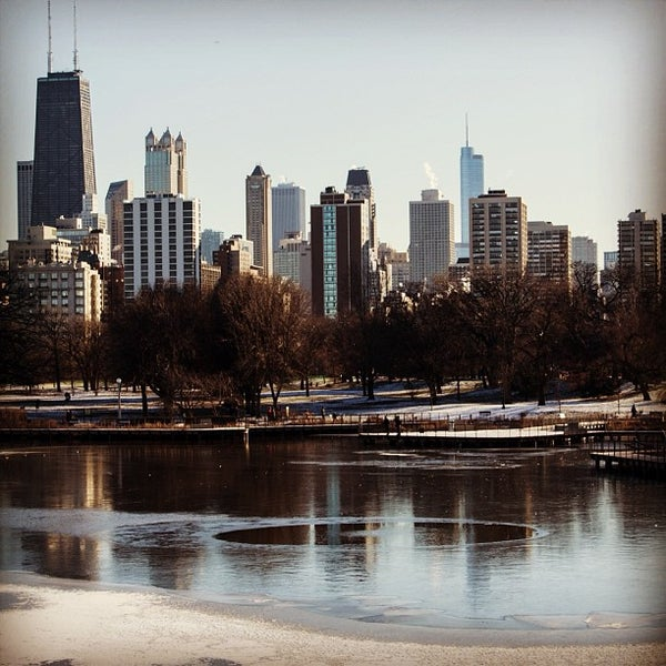 Photo taken at Lincoln Park Zoo by Felipe A. on 1/4/2013