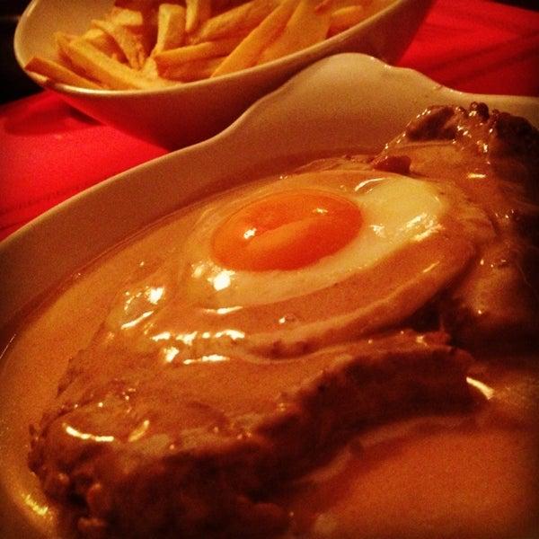 2/14/2013 tarihinde Carolina F.ziyaretçi tarafından Café de São Bento'de çekilen fotoğraf