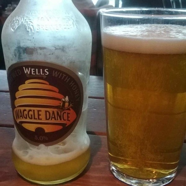 Photo taken at The Tin Goose (Pub & Kitchen) by shaun d. on 1/6/2014