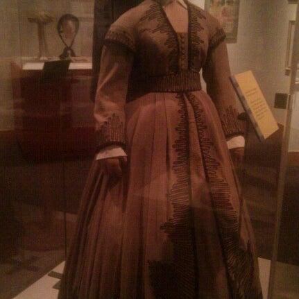 รูปภาพถ่ายที่ North Carolina Museum of History โดย Jennifer G. เมื่อ 12/8/2012