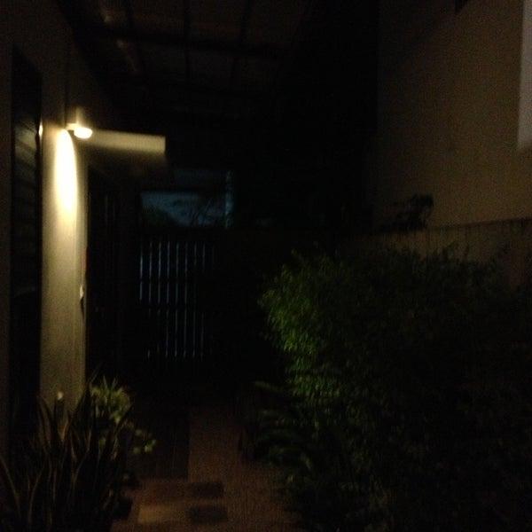 5/10/2013 tarihinde Sylvie V.ziyaretçi tarafından Udee Bangkok Hostel'de çekilen fotoğraf