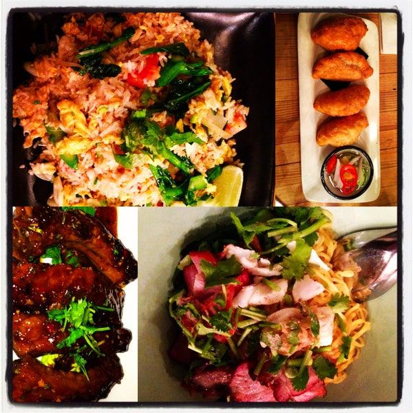 Foto tomada en Pure Thai Cookhouse por Chevar F. el 5/2/2013