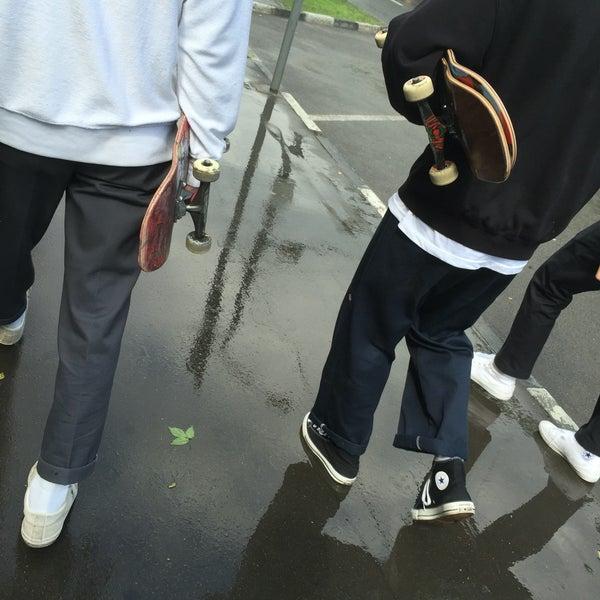 Das Foto wurde bei Скейт-парк «Садовники» von Ivan K. am 5/24/2016 aufgenommen