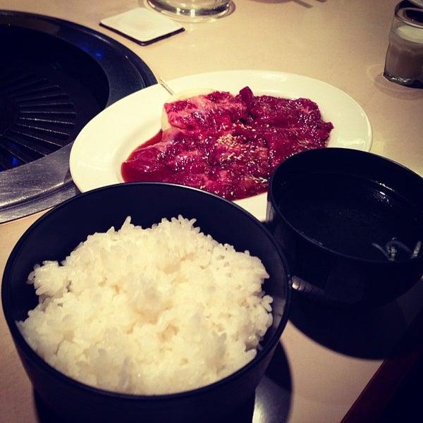 Foto tomada en 焼肉 ばりばり亭 por おにーさん 。. el 11/29/2012