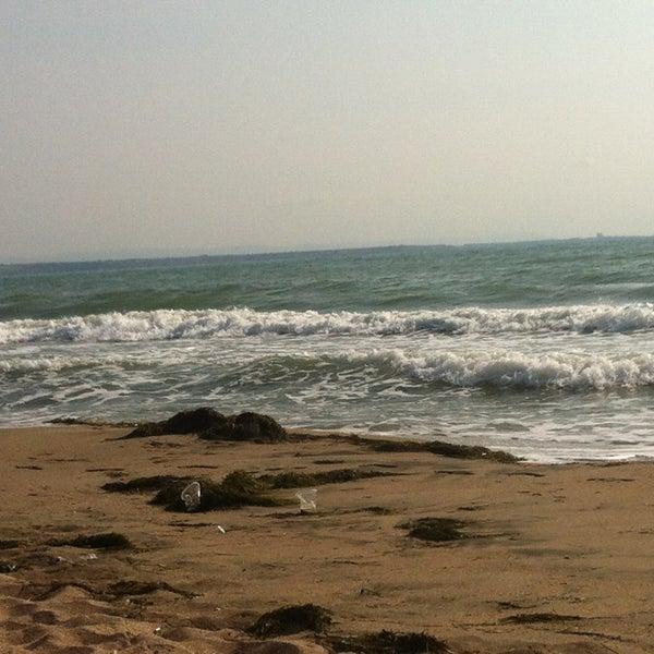 Foto scattata a Централен Плаж Бургас (Burgas Central Beach) da Veronika I. il 8/16/2013
