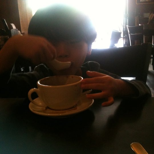 Photo taken at PappaRich by LiLee G. on 11/24/2012