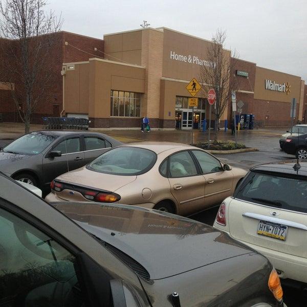 Снимок сделан в Walmart Supercenter пользователем Mark 1/11/2013