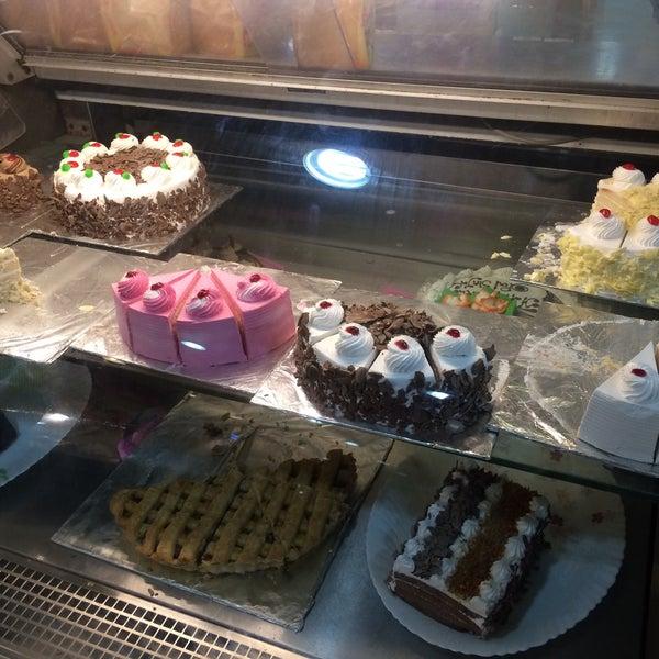 Photos At The Spar Bakery Park N Shop